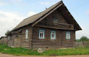 Демонтаж бревенчатых домов